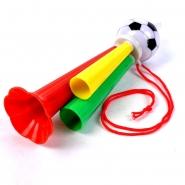 1 Fanfare Fußball im Beutel - Tröte rot  -gelb - grün