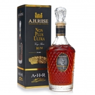 A.H. Riise Non Plus Ultra Rum  0,7l GP